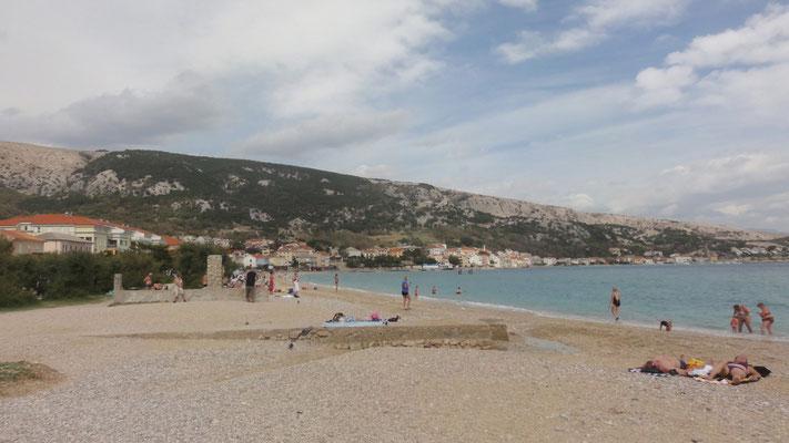 Strand in Baska