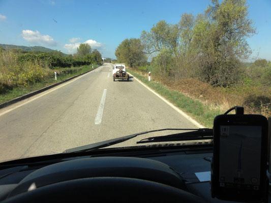 Mutig - Zastava (jugoslawischer Fiat 600-Nachbau) mit Anhänger