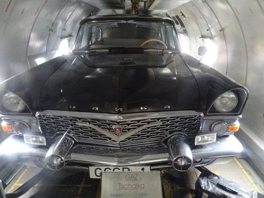 Honecker's Auto ist auch an Bord