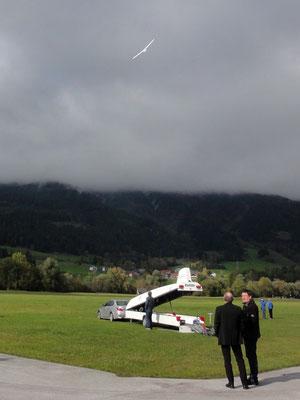 Segelflugzeug mit Jet-Triebwerk ...