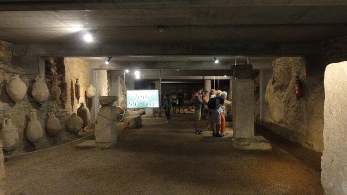 Ausstellung im Inneren des Amphitheaters