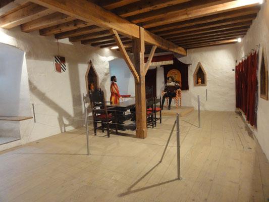 Höhlenburg Predjama, Rittersaal