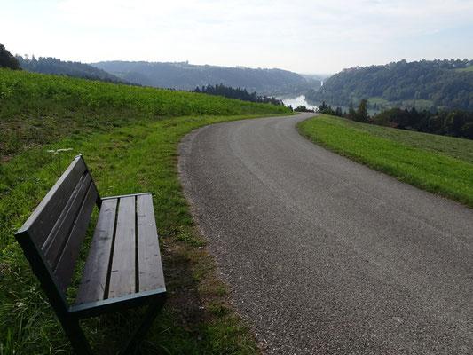 Abfahrt ins Inntal kurz nach Passau