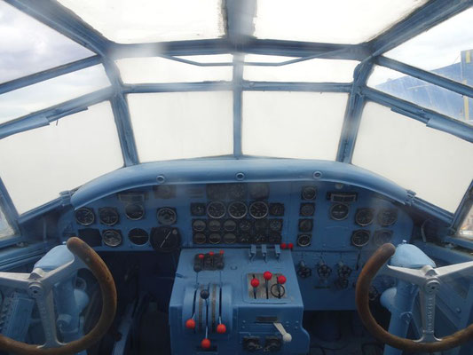 Cockpit der Ju-52