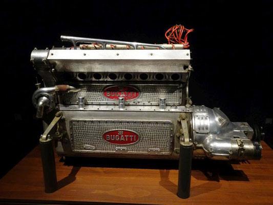 Bugatti-Motor