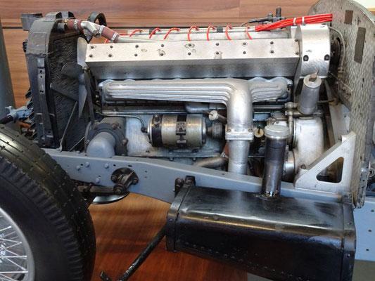Motor eines Bugatti Type 57