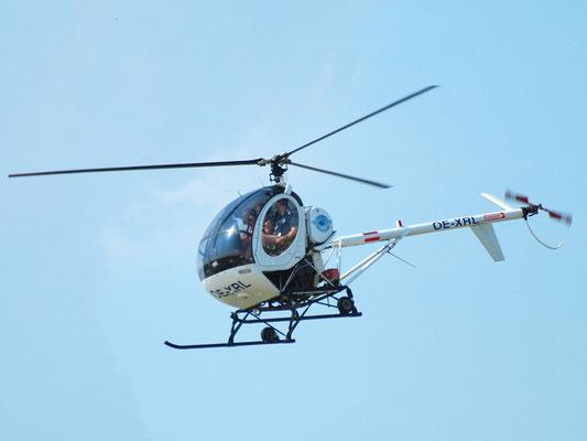OE-XRL Hughes 300 - ups, kleine Entgleisung, lustig zu fliegen, aber der Funke ist nicht wirklich übergesprungen.