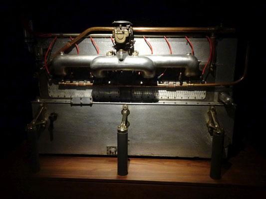 Der legendäre 13 Liter Reihen-Achtzylinder für den Bugatti Type 41 Royale
