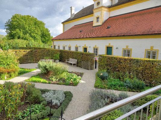 Schloss Hof, Rückseite der Orangerie