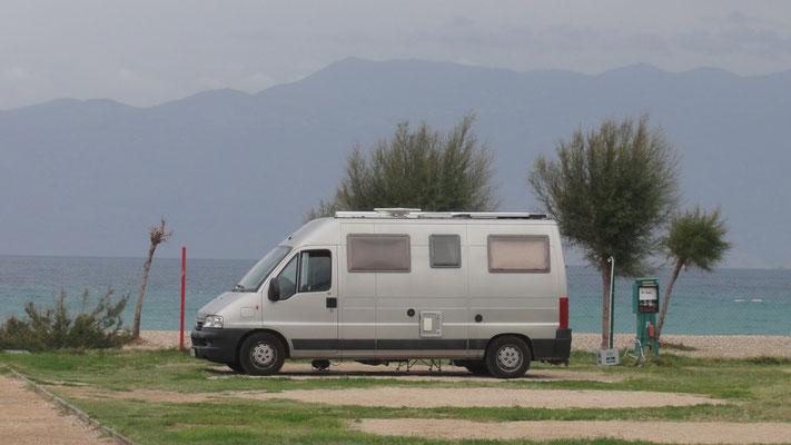 ein schönes Platzerl am Campingplatz Zablace in Baska