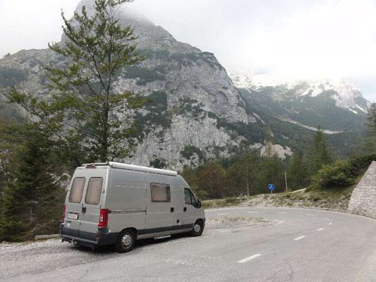Triglav-Nationalpark, unglaubliche Gegend, die Großglockner-Hochalpenstraße ist dagegen eine Autobahn.