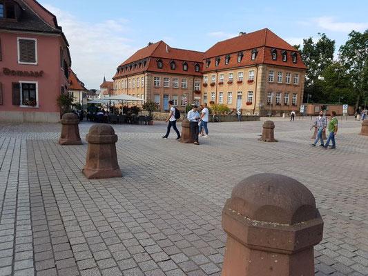Dom-Vorplatz