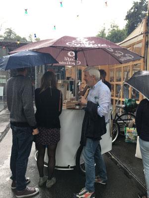Food & Farmers' Market beim Tram-Museum Burgwies, Gewitter und Stromunterbruch
