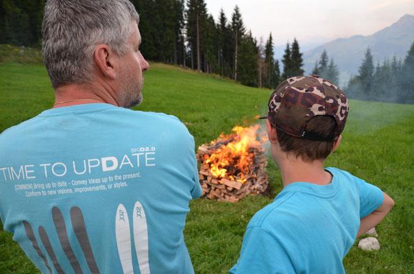 Wir machen unser eigenes Lagerfeuer!