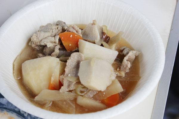 阿部治美さんの豚汁