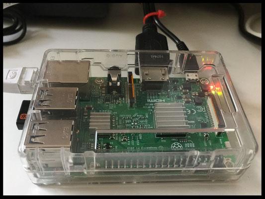 Raspberry ADS-B Empfänger komplett zusammengebaut mit transparentem Gehäuse