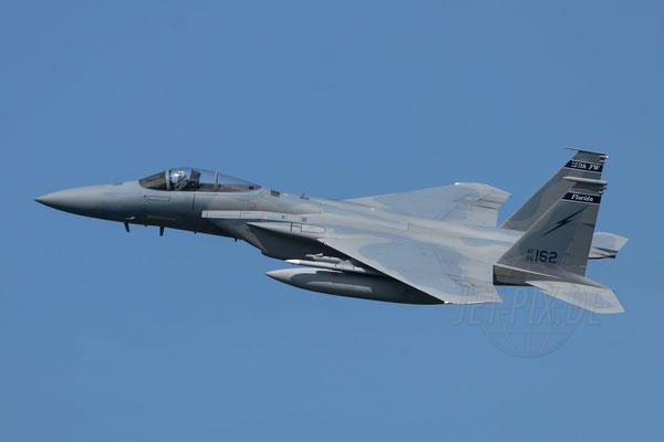 Die F15 zeigt bei der Frisian Flag in Leeuwarden die überragende Leistung ihrer Triebwerke
