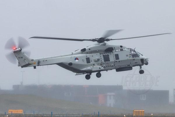 In Den Helder trainiert das Militär mit ihren NH90