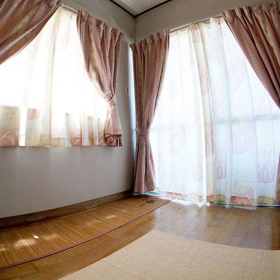 石垣島のリゾートバイトの「寮」洋室