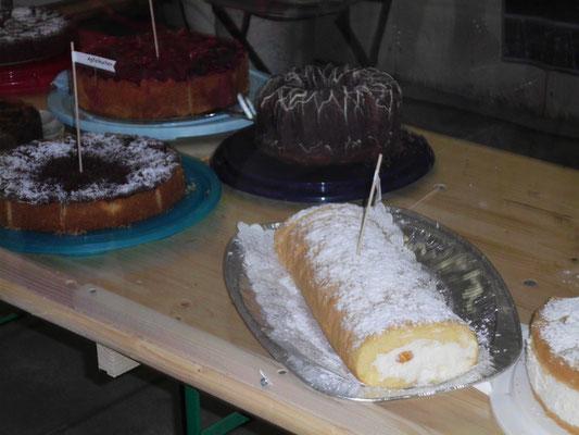 Die echten, deutschen Kuchen, welch eine Leckerei.