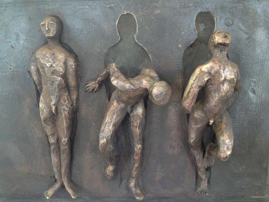 Die unerträgliche Leichtigkeit des Seins - Bronzeskulptur von Ines Mösle