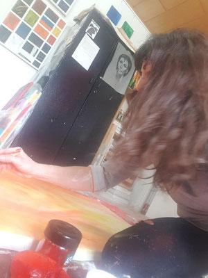 -Marion Haas- kreative-Momente-im Atelier-im Rheingau-in-Eltville-