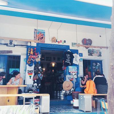 """""""Big Store"""" in San Fracesc de Xavier"""