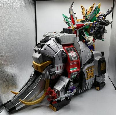 Hurricane Ultrazord / Revolver Tenrai Senpuujin