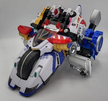 Delta Squad Megazord Riding Omegamax Cycle / Riding Dekaranger Robo