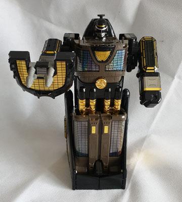 Max Solar Megazord Black Edition
