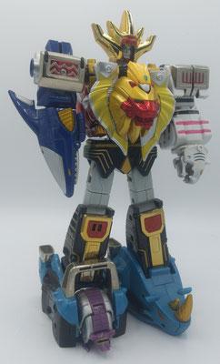 Wild Force Megazord Striker / GaoKing Striker