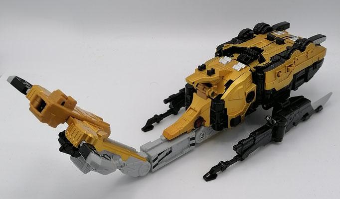 Wrecker Zord Mantis Mode / Buster Animal BC-04 Beet