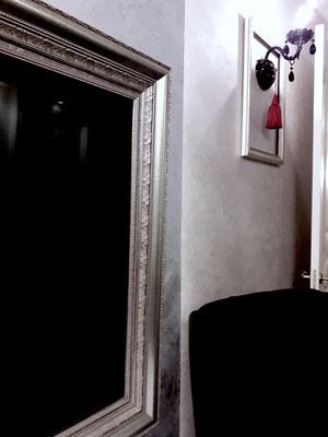 кресло черный бархат