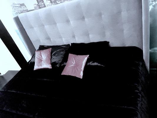 подушки и покрывала черный бархат на заказ