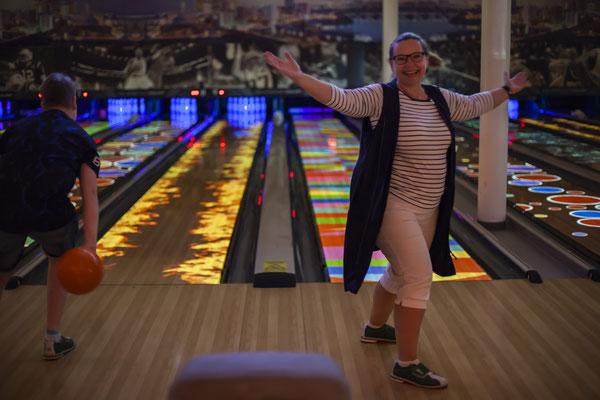 Interactive Bolwing | Virtual Bowling | Unreal Bowling | Spark StringPin Stringpinsetter ses-stockach.de
