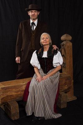 Walter mit Hilde (Res Habegger, Monika Ricco)