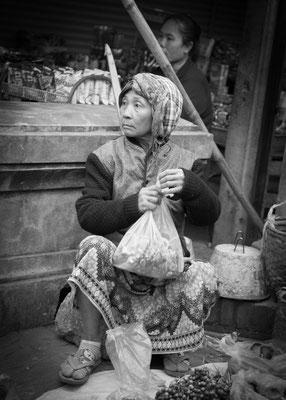 Anke Houdelet: Marktag in Laos