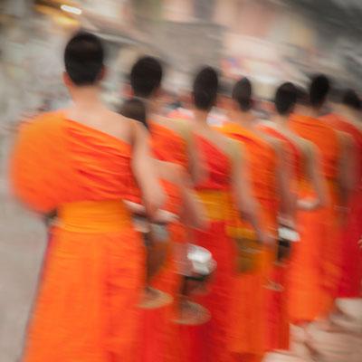 Anke Houdelet: Am frühen Morgen / Laos