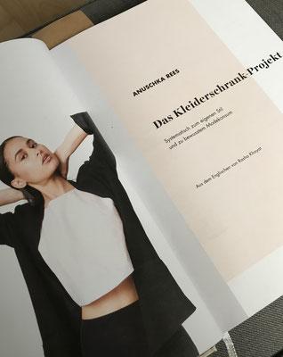 Bookreview Das Kleiderschrank Projekt Annastrogers Webseite