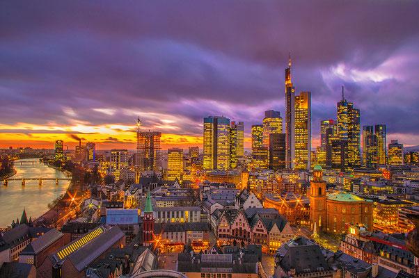 Blick auf Frankfurt am Main vom Dom aus in 66m Höhe