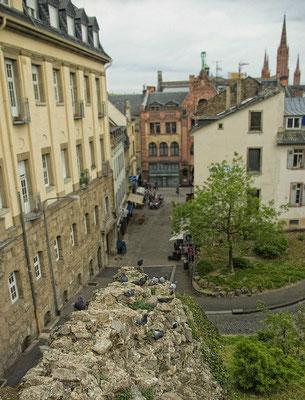 Heidenmauer mit Römertor  2012