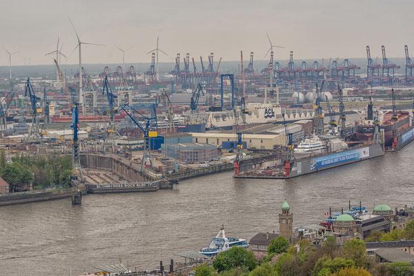 03.05.2017 - Blick auf den Hafen