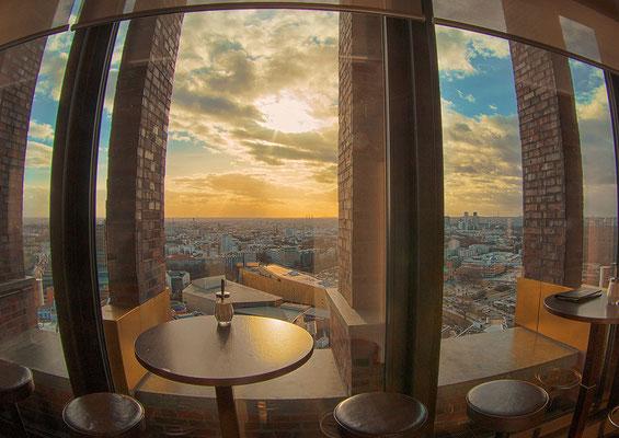 21.02.2017 - Sicht auf Berlin vom Kollhoff Tower aus
