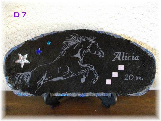 D7      Saut d'un cheval gravure Anniversaire et prénom