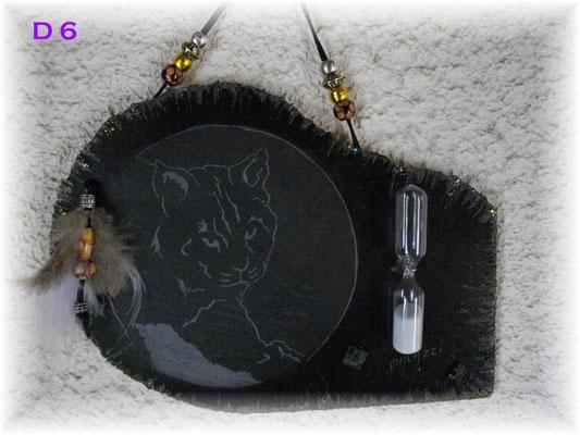 D6       Tête de Lynx avec un sablier     21 x 16  cm