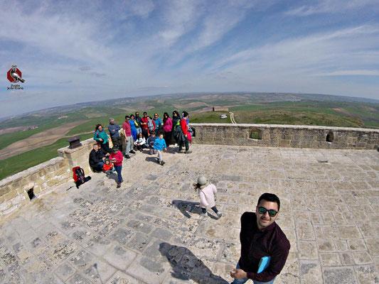 Sul terrazzo del Castello Solitario, a controllo della antica Via Appia..