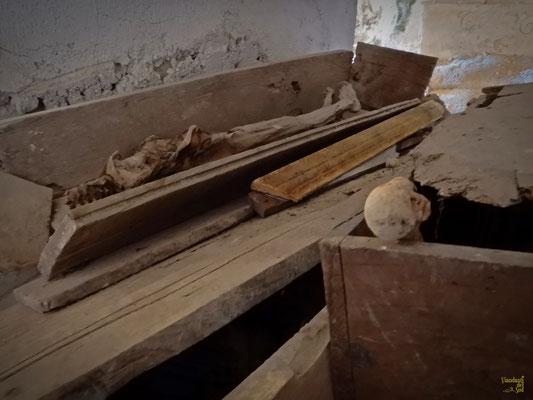 La mummia, all'interno della Grotta dell'Angelo