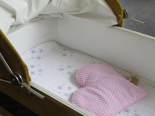 warmer cushion - Les petits pieds - 20,- Kids Design Zürich