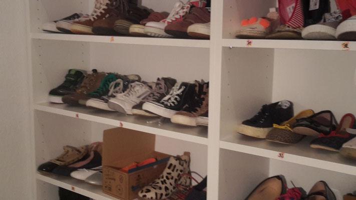 Schuhe Abteilung