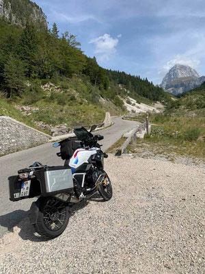 BMW R 1250 GS, Auffahrt zum Mangart, Slowenien, Foto Karola Behr
